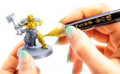 すべての人に「筆で色を塗る喜び」を伝える最上のツール、ぺんてる 金の穂。