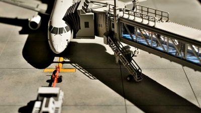 「旅客機プラモ」を作ったら、空港ができてしまった話。