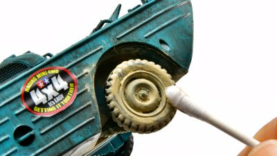 たった3手で、誰でも爆速でタイヤをカッコよく汚せる方法、お届けします!