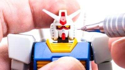 コンマ2mmの折れないシャーペン、「オレンズ」でキミのプラモをメイクアップせよ!