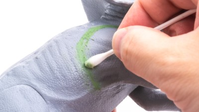 使って納得。プロモデラーが「緑のパテ」を愛用するワケ!