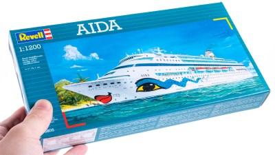 超ミニサイズの巨大クルーズ客船「アイーダ」のプラモはすべての人を笑顔にする!