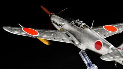 水性塗料でプラモが塗りたい!今日からあなたも「筆塗り銀塗装飛行機」のパイロットになれる!!