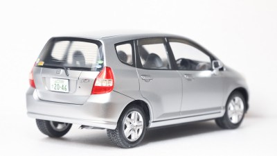 「普通」の車のプラモデル、タミヤのフィットを普通に作る