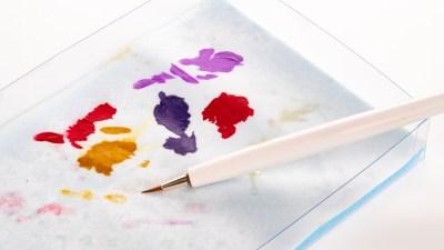 水性塗料を筆塗りするなら、うるおいキープが超大事!ボークス「造形村ウォーターパレット」が卍です。