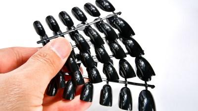 最高のカラーチップ&爪パレットは「黒ネイルチップ」で決まりです!!