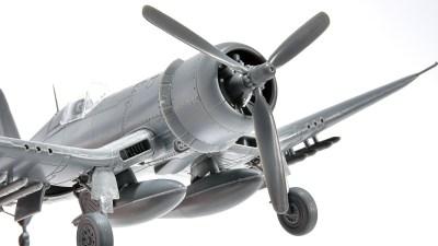 花金だ!仕事帰りに買うプラモ。/週末は逆ガル翼の傑作機に会いに行こう。「タミヤ 1/72 F4U-1D コルセア」