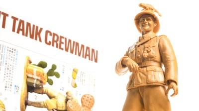 ディティール5倍盛り!プラモで出会う砂漠の兵士と愉快な小物たち。
