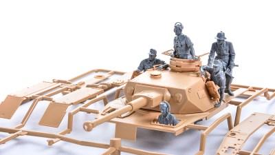 花金だ!仕事帰りに買うプラモ。体重&体幹が樹脂化されたアニキたちのニューワールド開幕!!!「タミヤ IV号戦車G型」