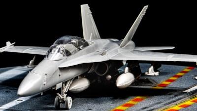 ハセガワ1/72飛行機模型ピックアップ! ネオクラシックプラモの魅力。「F/A-18D ホーネット」