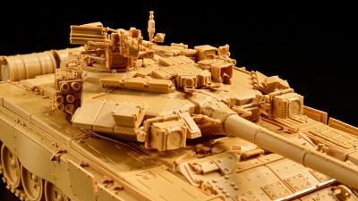 1/48スケール戦車プラモの問題作、爆誕。「スヤタ ロシア軍 T-90A 主力戦車」。