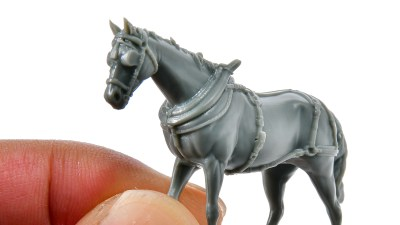 俺もプラモ馬主!30分で楽しめるイケてる馬プラモは「ルビコンモデル 1/56 荷馬車」でゲットだぜ。