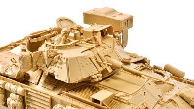 現代戦のフロントラインを駆ける歩兵戦闘車のプラモにくびったけ!「タミヤ M2A2 ODS デザートブラッドレー」