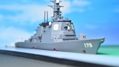 港でよく見る「足をのせてポーズをキメたくなるアレ」を作って艦船模型に母港が爆誕!