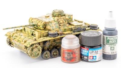 オール筆塗りで進撃中。戦車プラモにピリッとキマる、オレの「細部の塗り分けレシピ」はこれ。
