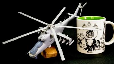 飛行メカ、駐機状態で組むか? 飛行状態で組むか?/ お湯を使ったプラモのパーツの整形術!