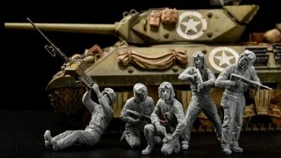 花金だ!仕事帰りに買うプラモ。戦車を降りても無敵なファミリー「ミニアート 1/35 アメリカ戦車兵 近接戦闘中」。
